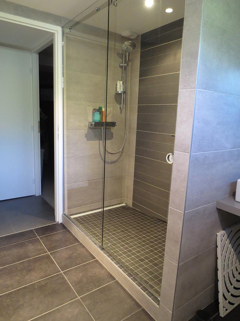 Am nagement int rieur paroi ou cabine de douche siala for Parois de douche en verre
